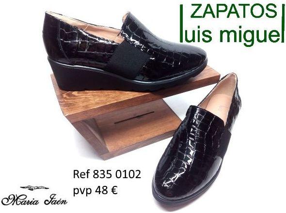 zapatos cerrados piel bovino imitacion cocodrilo maria jaen (ref 835-0101): Catalogo de productos de Zapatos Luis Miguel