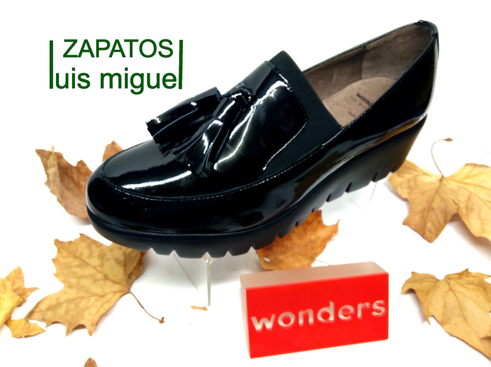 zapato con borlas: Catalogo de productos de Zapatos Luis Miguel