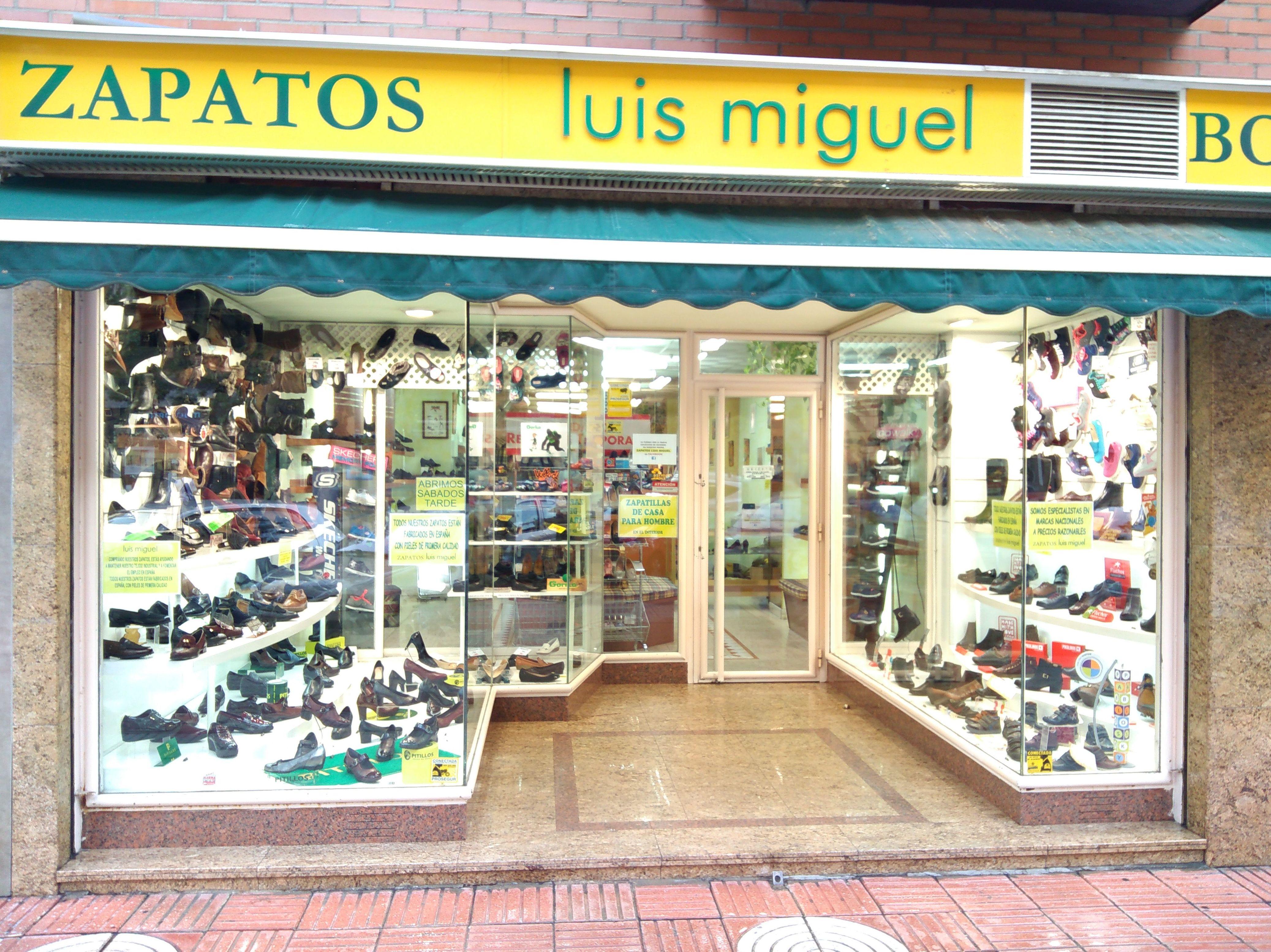 Foto 59 de venta de zapatos de señora y niños en piel en Alcorcón | Zapatos Luis Miguel
