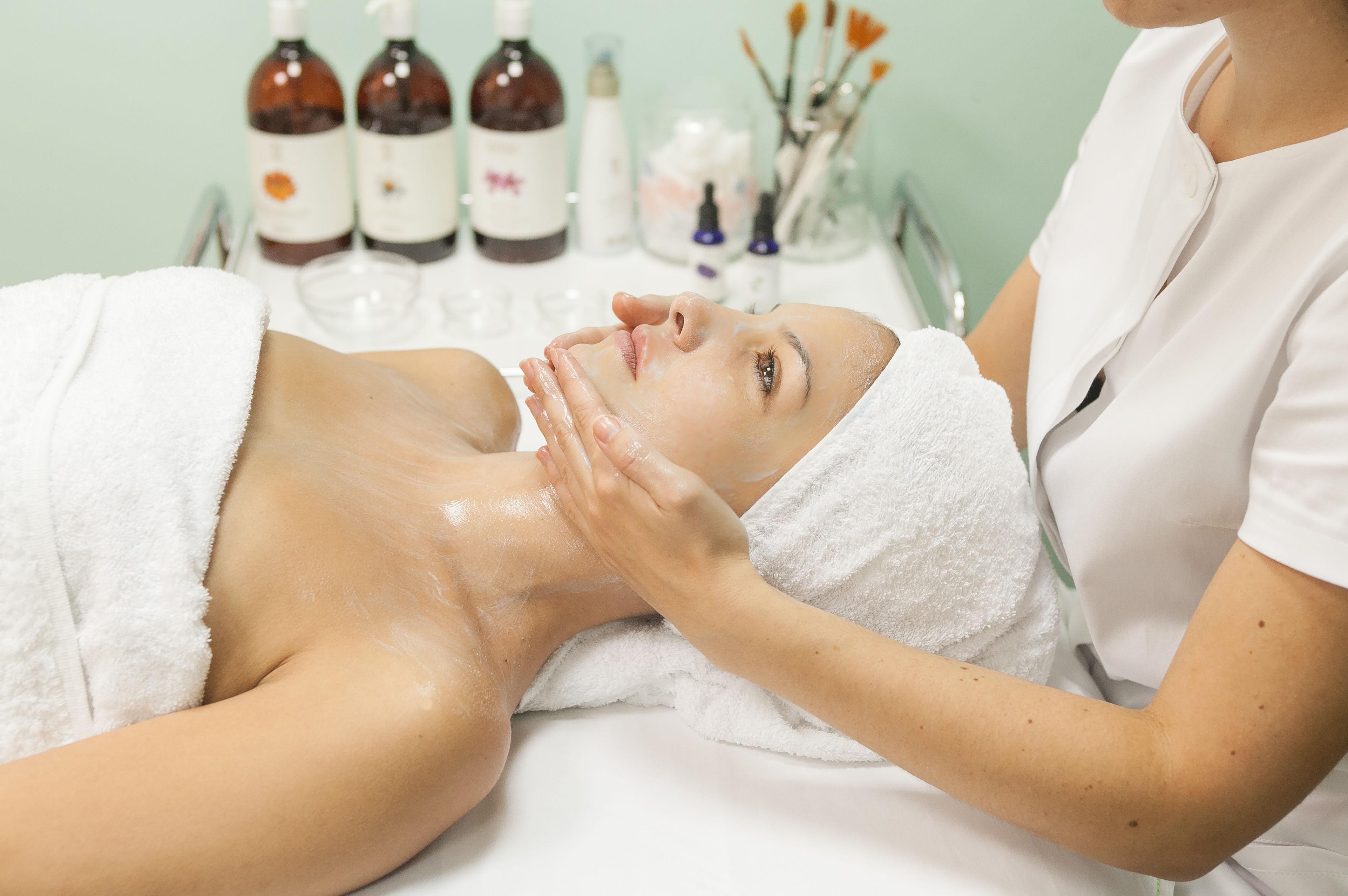 Tratamientos faciales: Productos y Servicios de Cucala