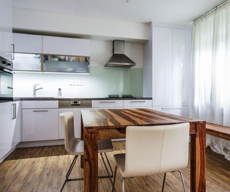 Muebles de cocina de madera en Pamplona