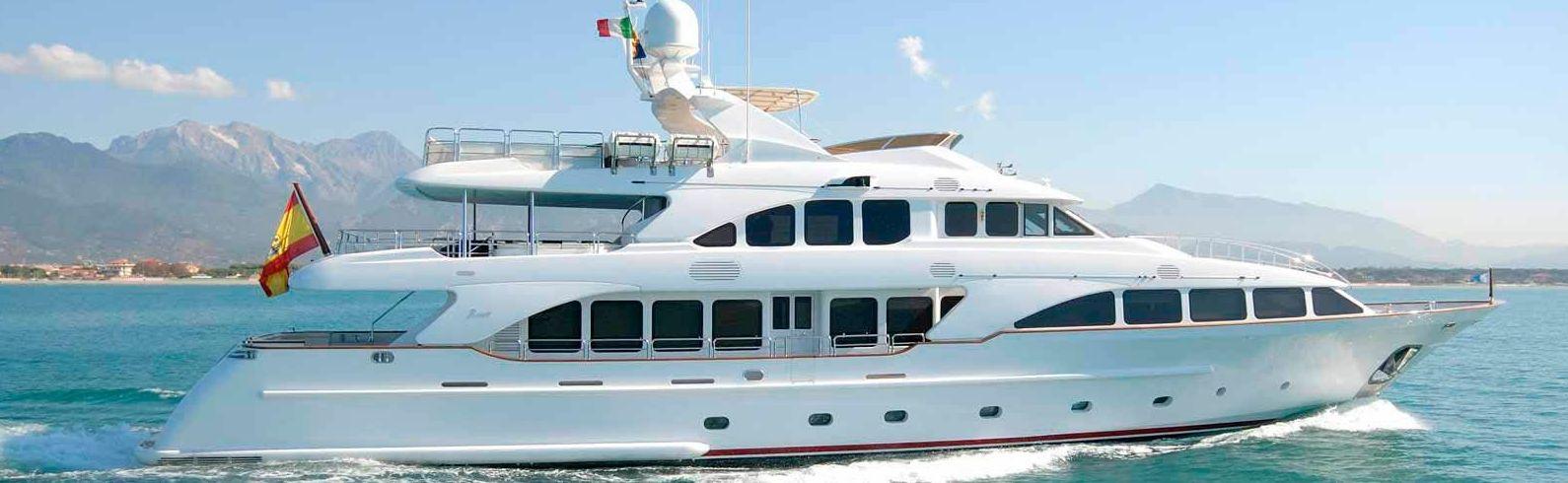 alquiler barcos de lujo ibiza