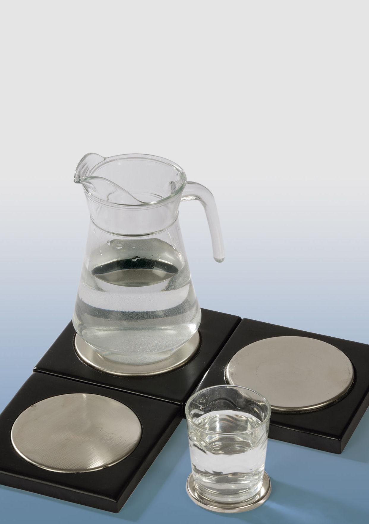 Colocar líquidos sobre los PRIMIGENIO, para estructurarlos