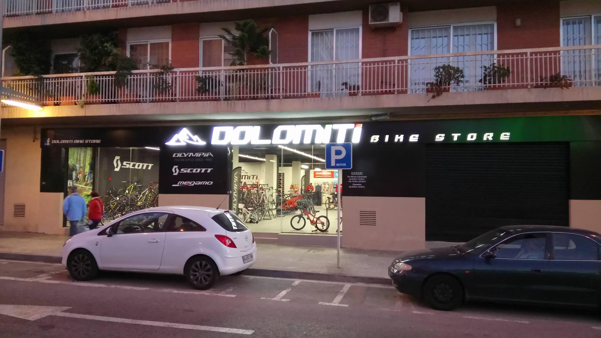 Foto 12 de Rotulación y señalización en Reus | Tot Colors