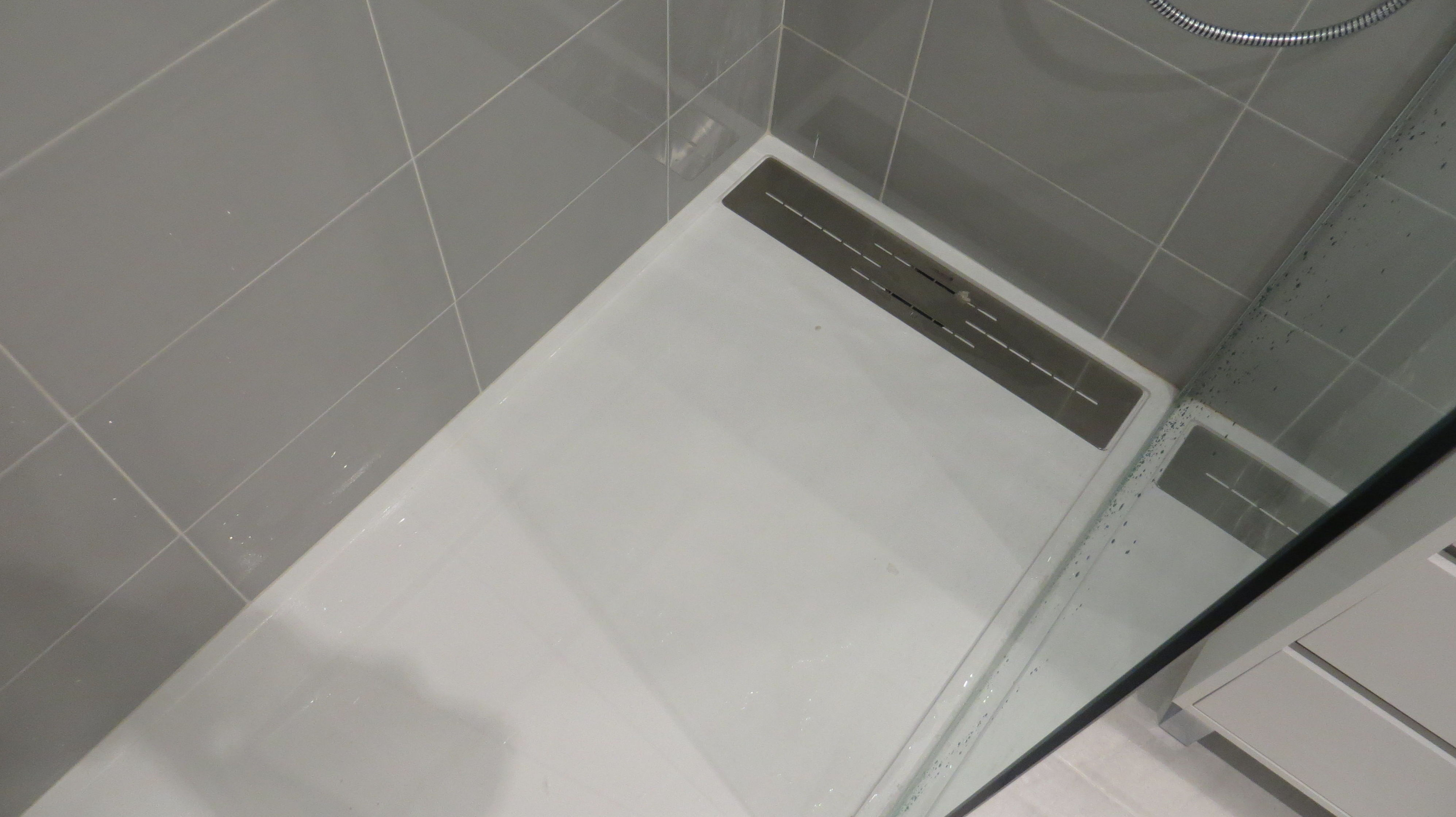 Plato de ducha de resina antideslizante