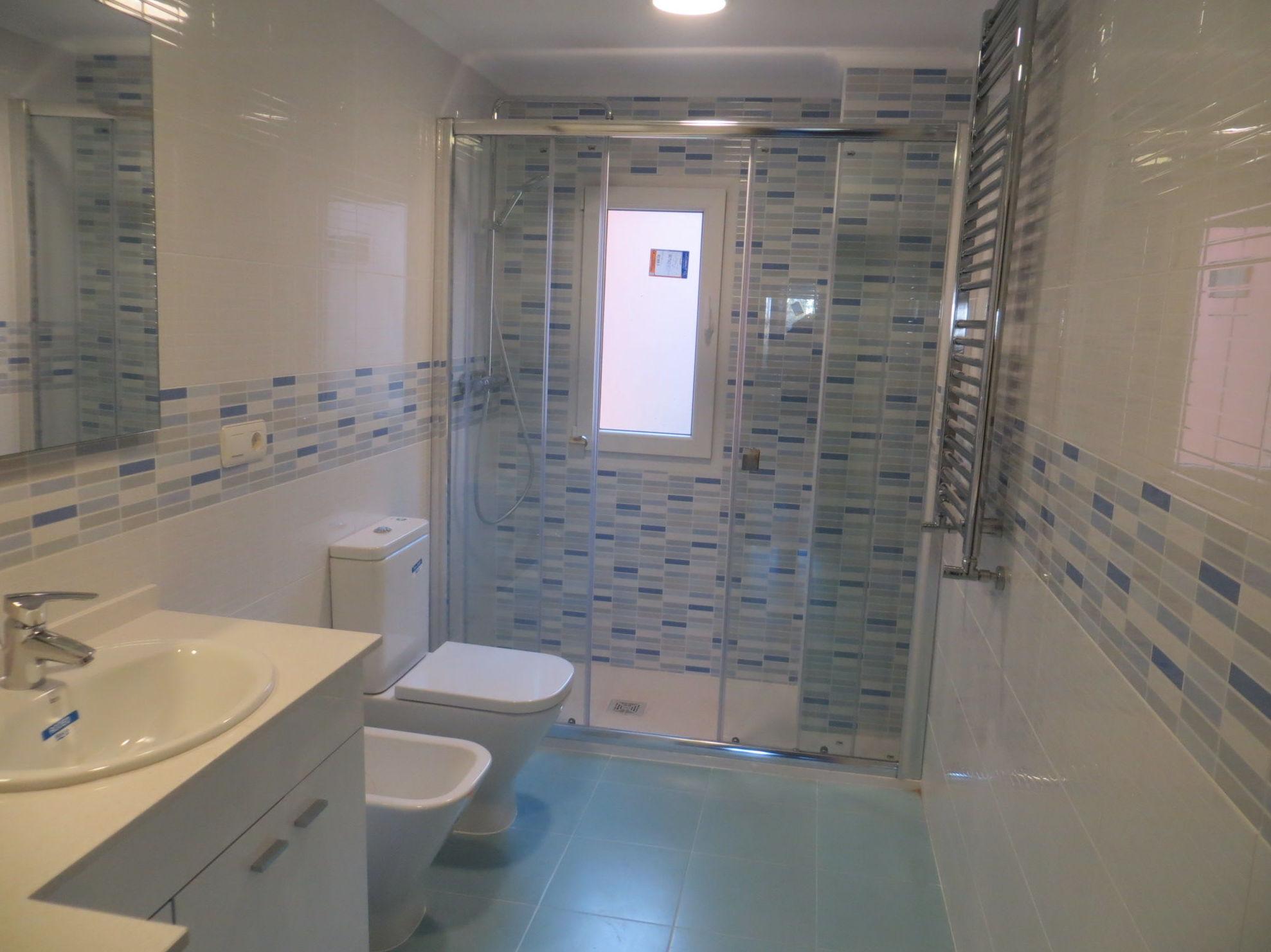 Baño realizado por Gresastur en Gijón, Asturias