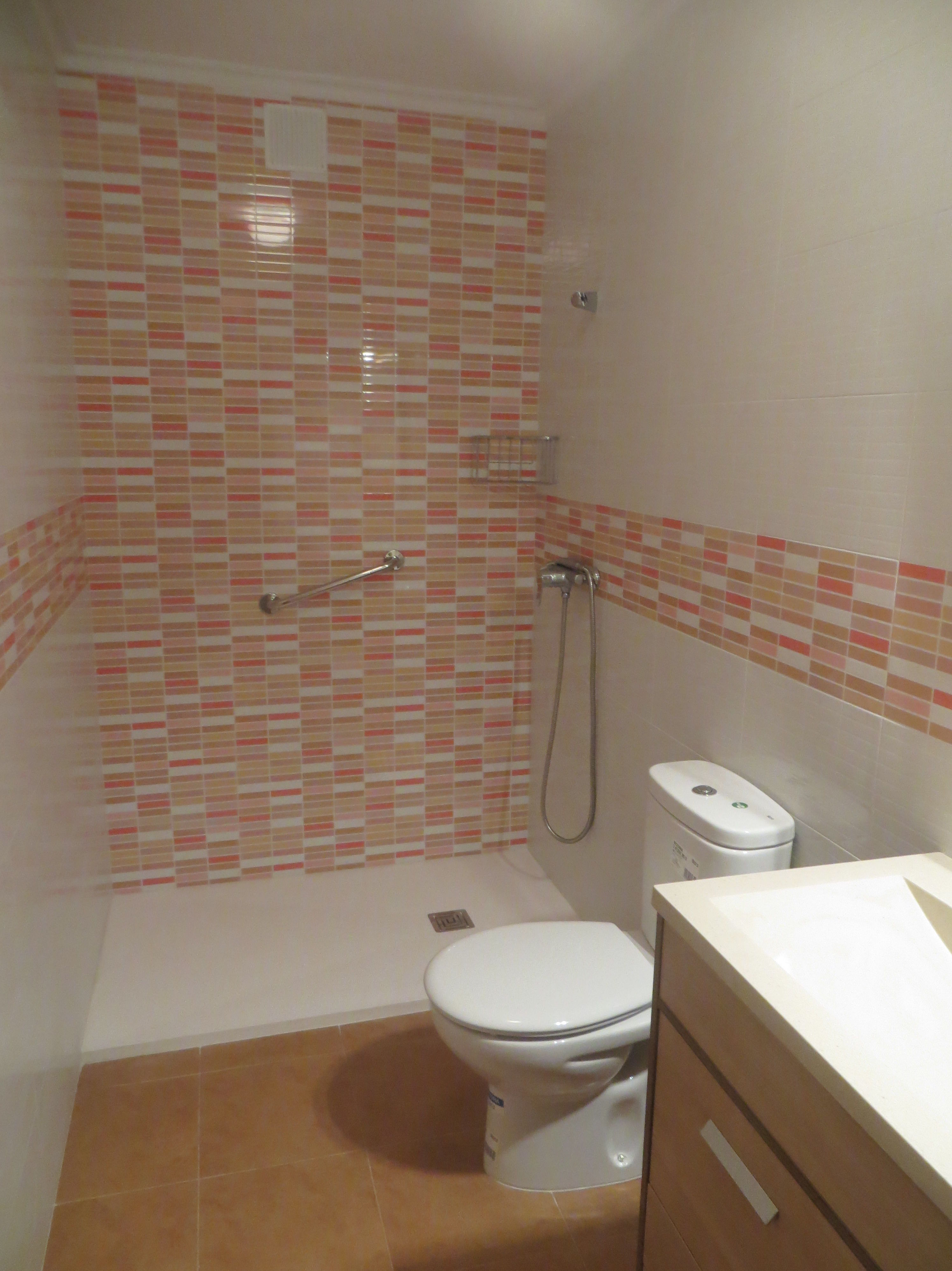 Baño reformado por Gresastur en Gijón