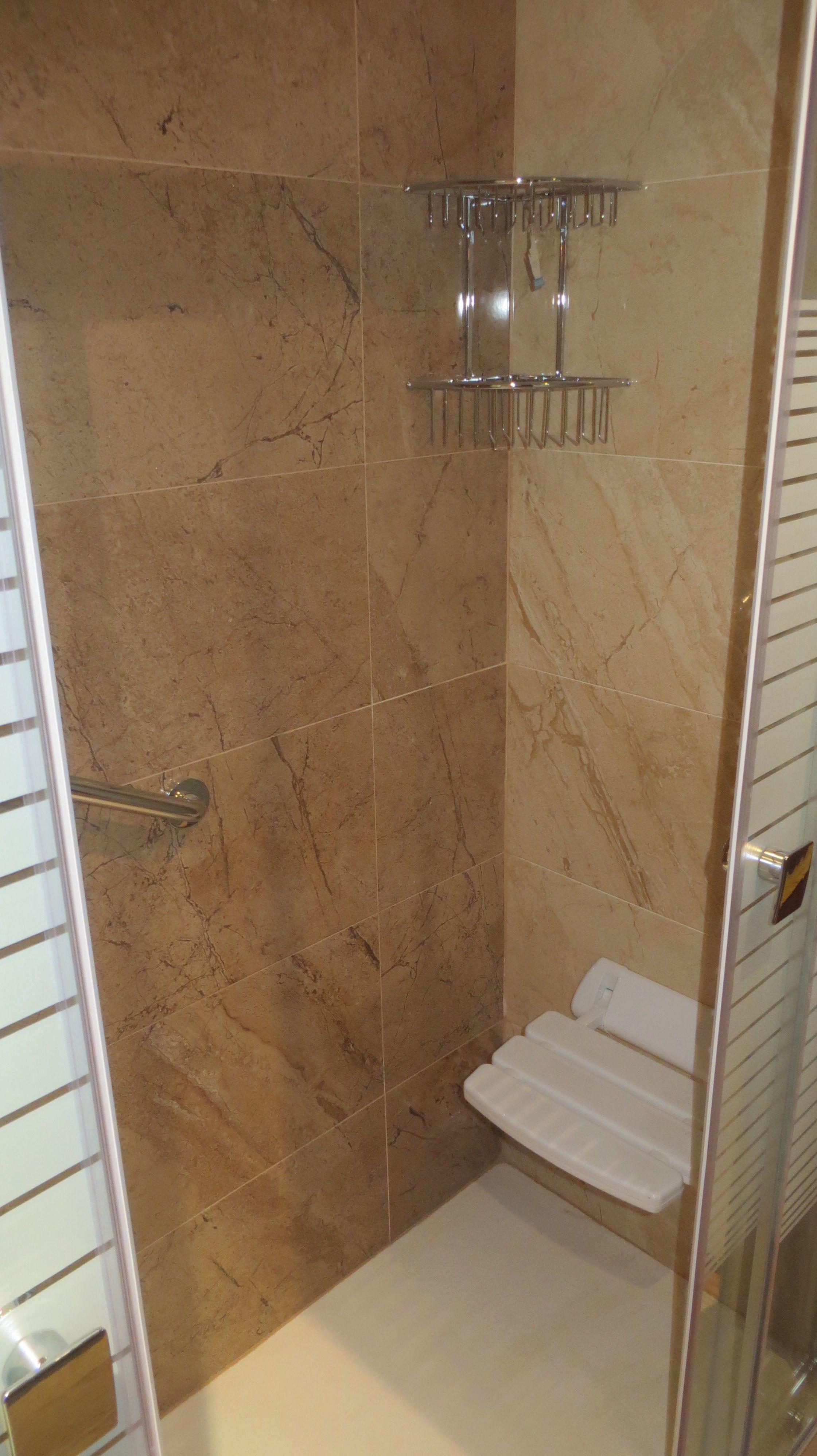 Accesorios para el interior de la ducha de Gresastur