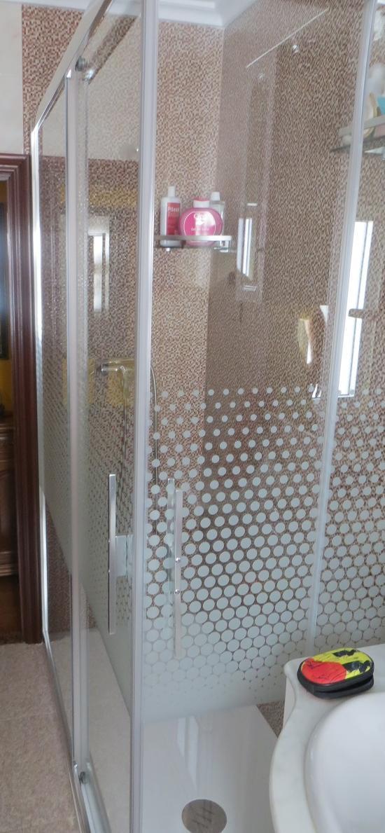 Instalación de ducha sustituyendo bañera