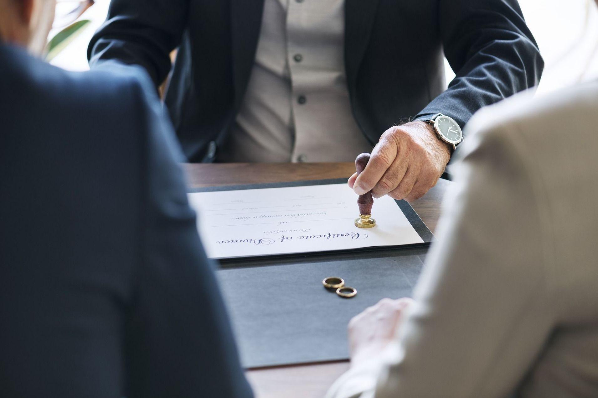 Divorcio Notarial, más RÁPIDO y ECONÓMICO