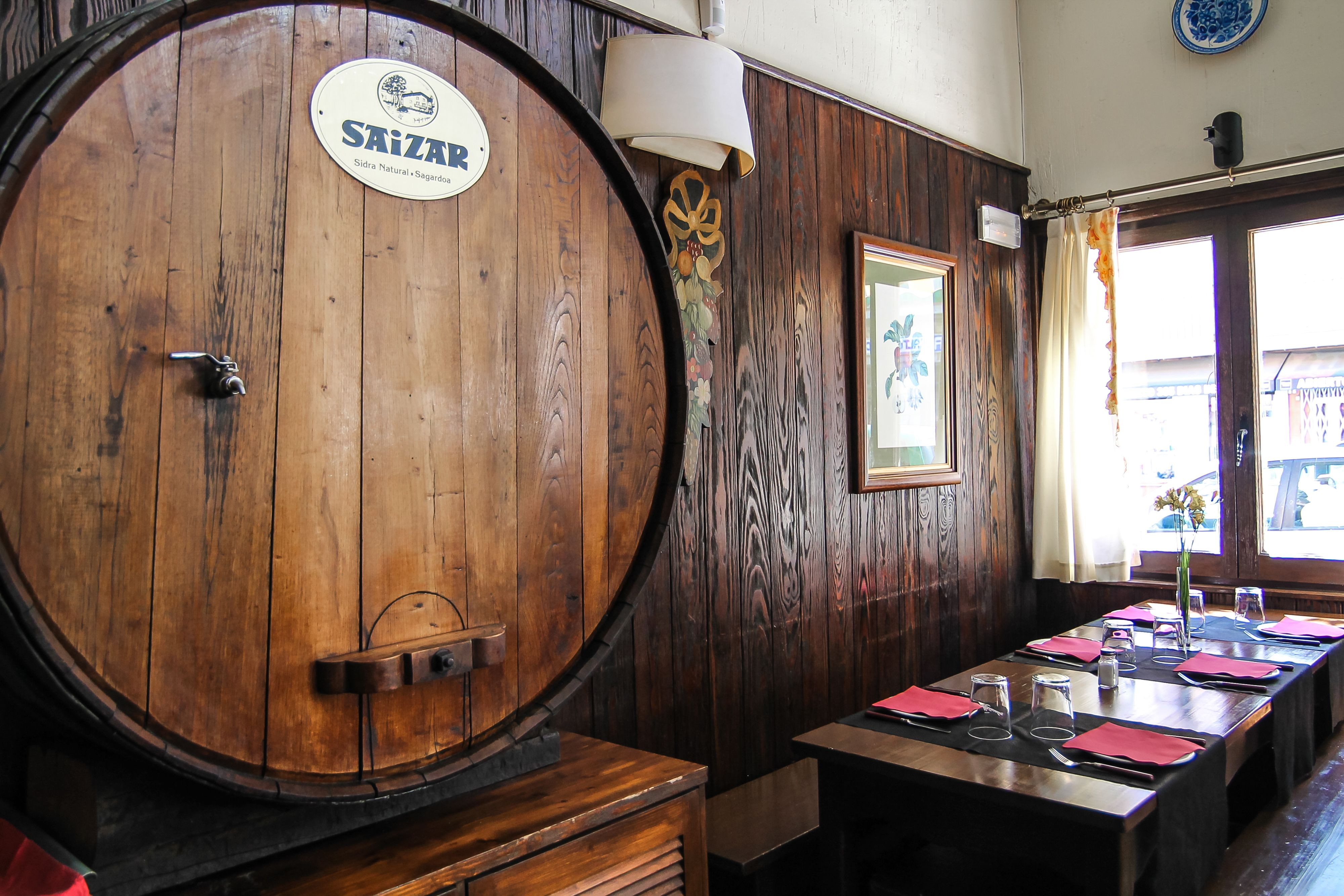 Foto 4 de Cocina vasca en Guadarrama | Sidrería Vasca Gasteiz