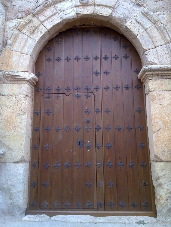 Puerta de Iglesia Lechón