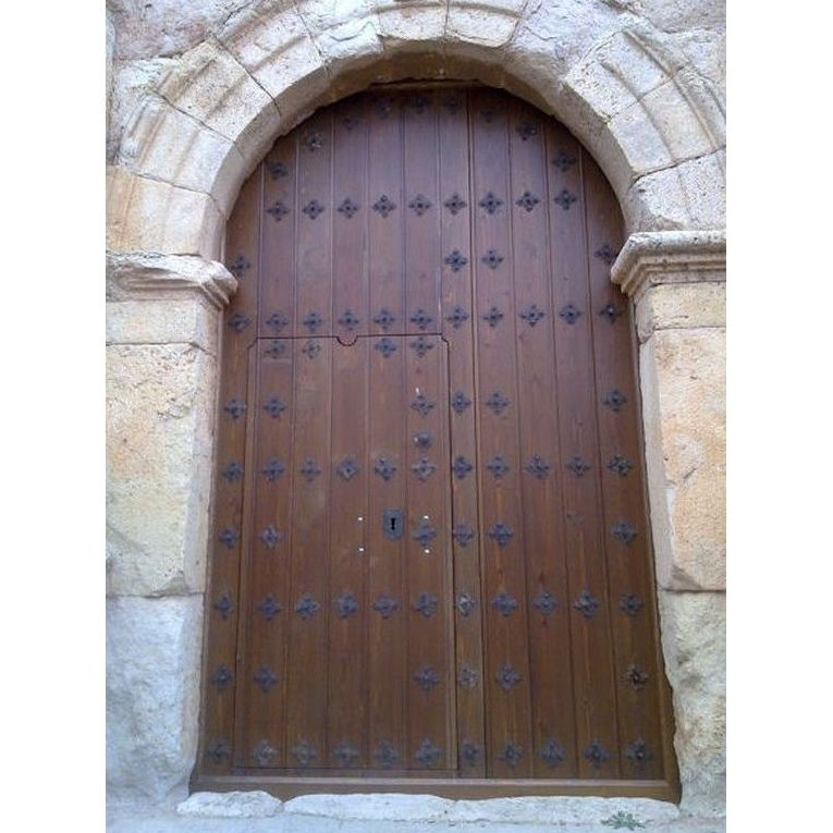 Puerta Iglesia Lechon