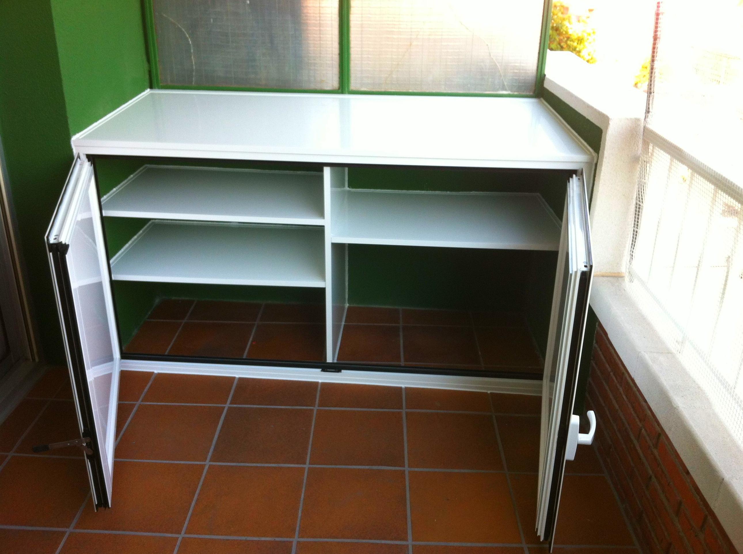Armario para exteriores elegant armarios de aluminio para for Armario para balcon exterior