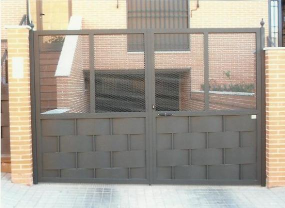 Puerta de garaje 1