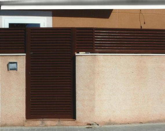 Puerta exterior 1