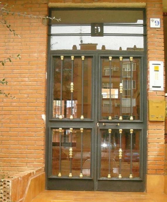 Puerta portal