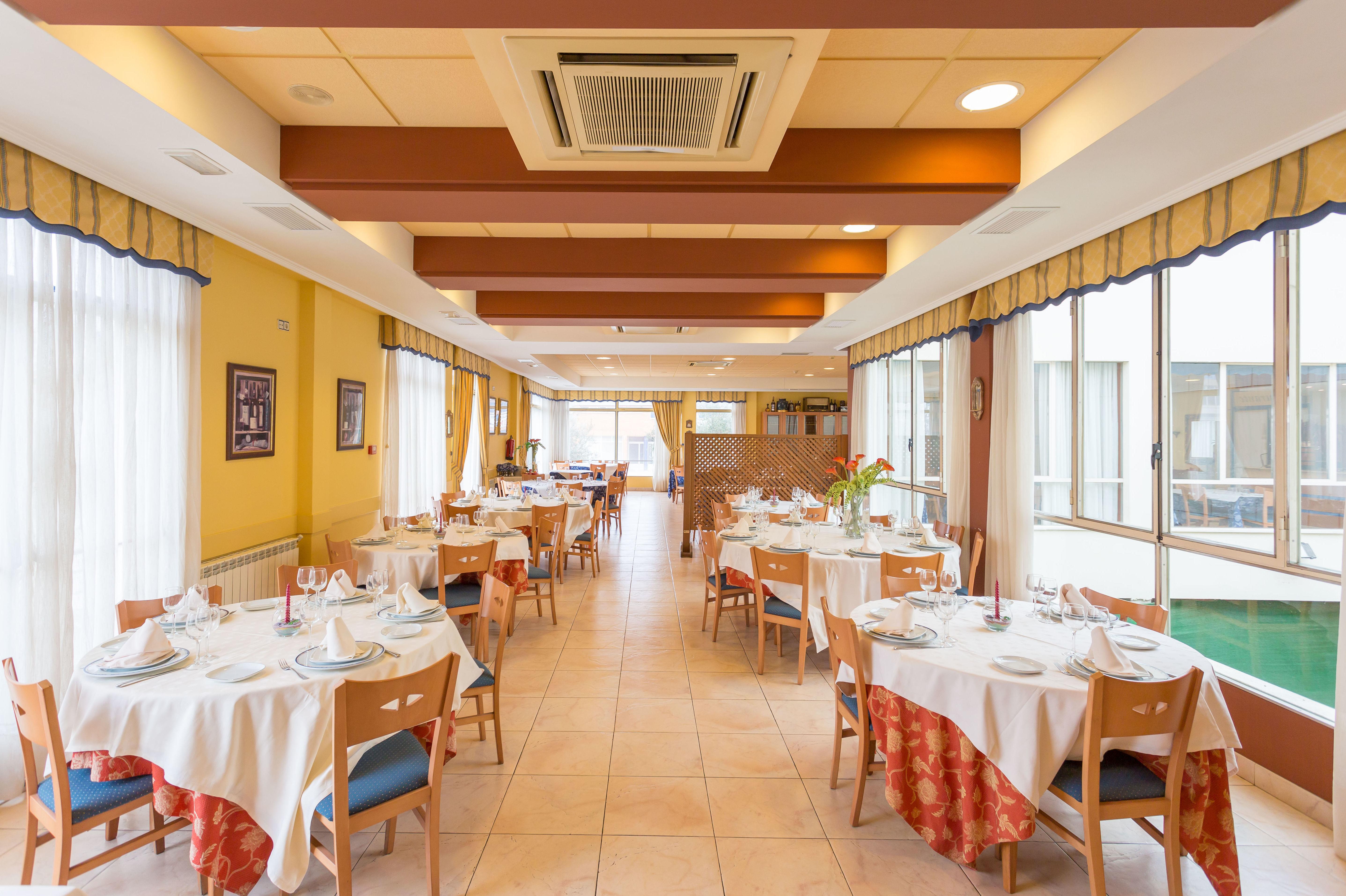 Restaurante con menú de sidrería en Peralta