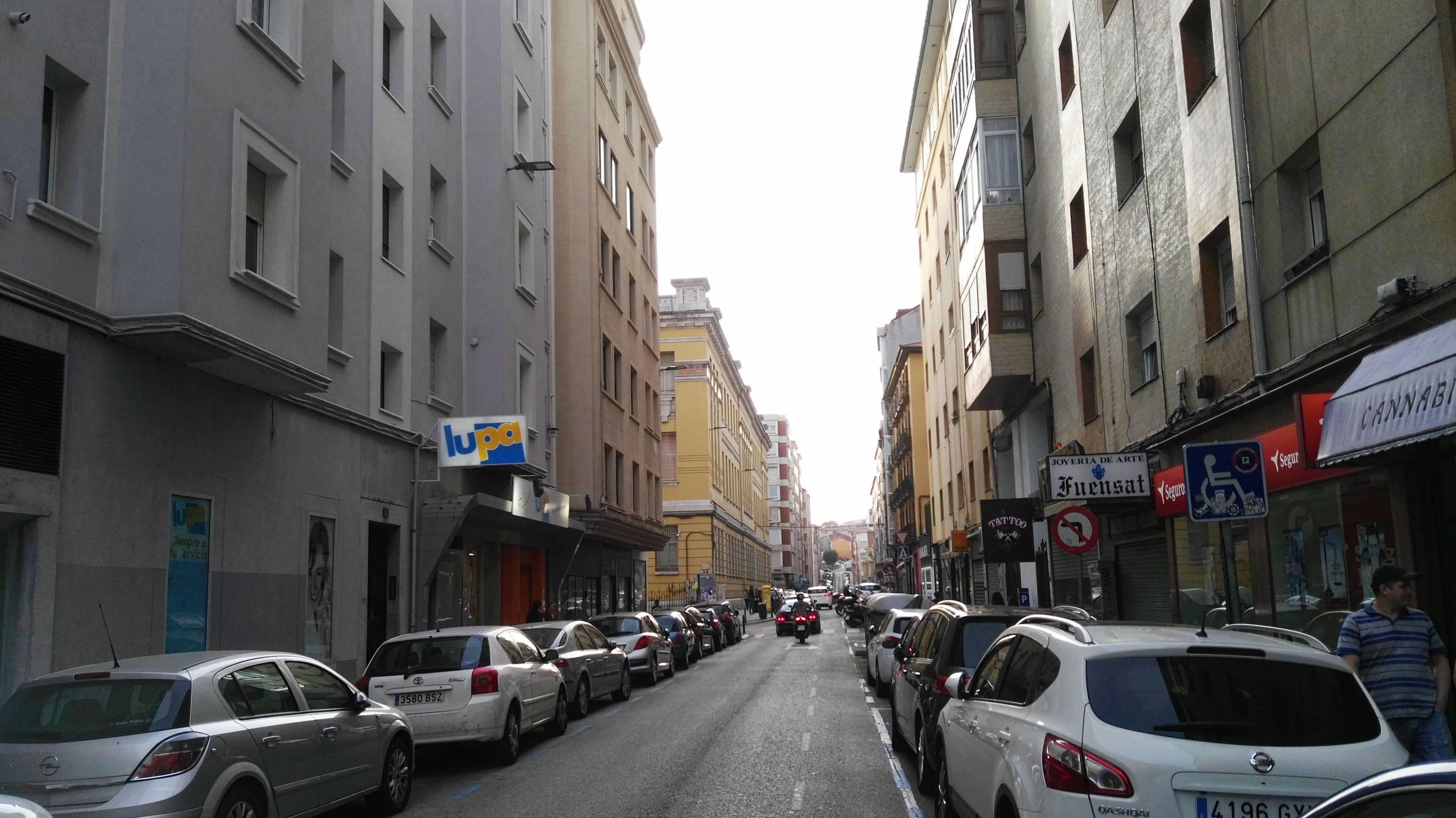 Calle Guevara: Inmobiliaria y Reformas de InmoHappy Santander