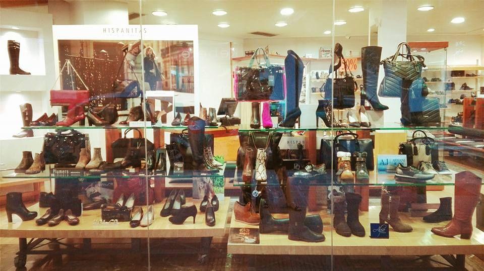 Zapatería las últimas tendencias en zapatos y bolsos