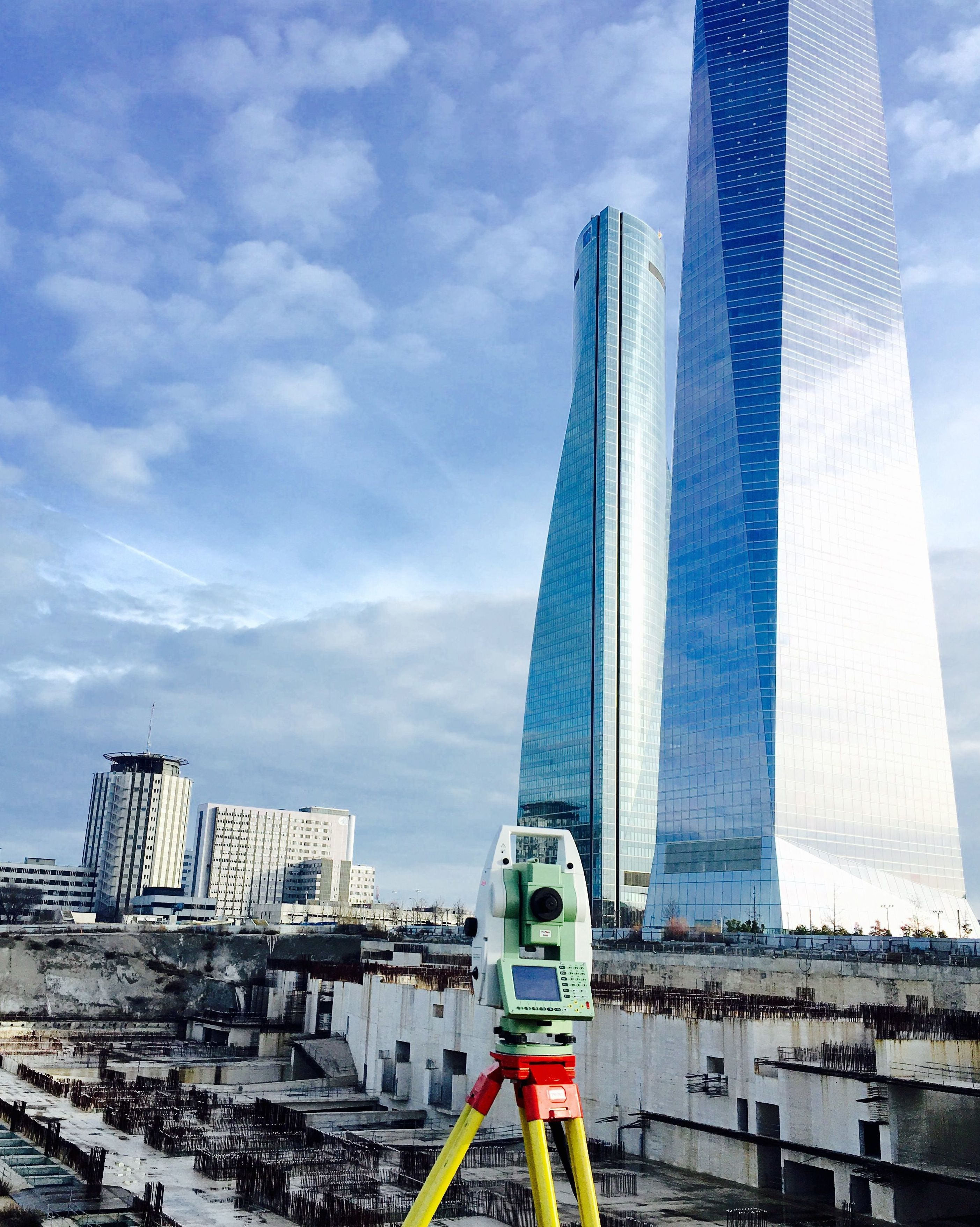 SERVITOP - Estudio topográfico junto a Las Cuatro Torres, Madrid (Diciembre 2015- Enero 2016)