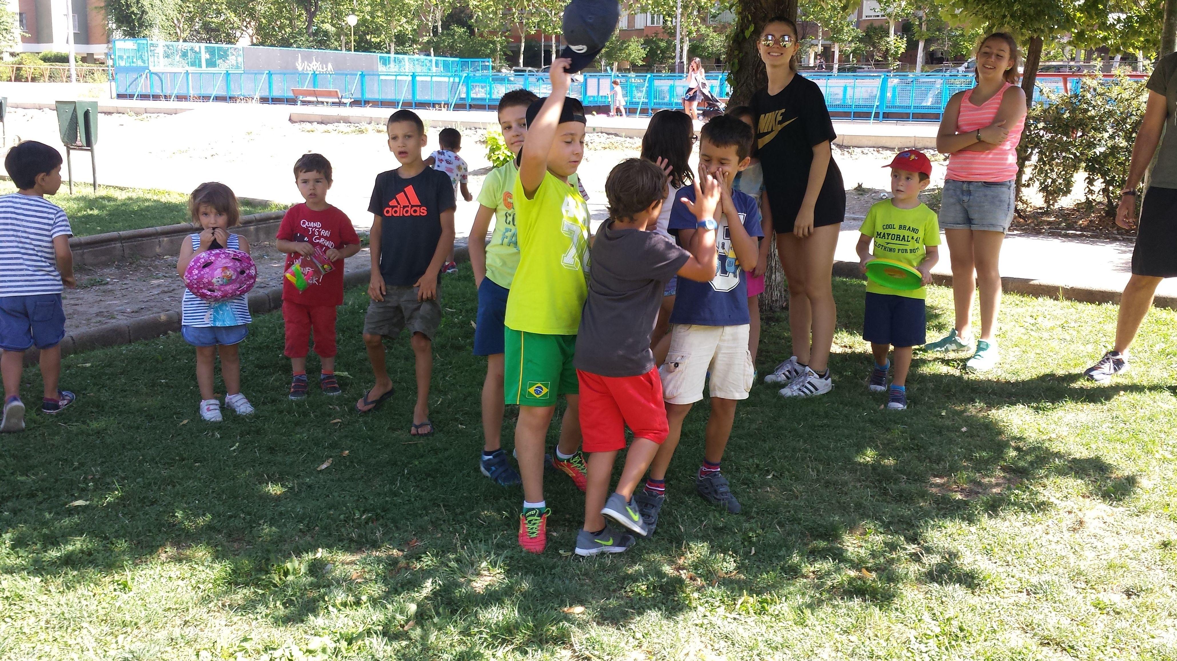"""""""El Campamento Urbano de Miguel en el Colegio Alberto Alcocer va sobre ruedas"""""""