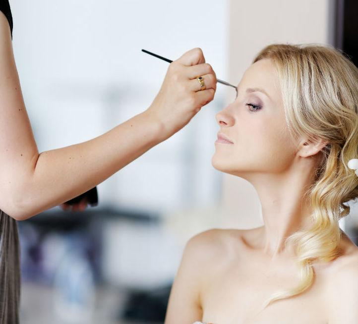 Maquillaje: Productos y servicios de Celeste Peluquería
