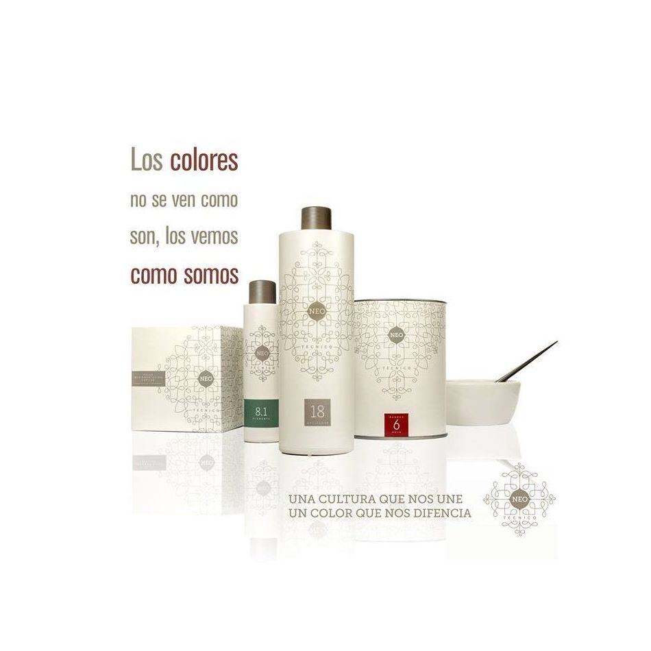 Secretos del agua: coloración: Productos y servicios de Celeste Peluquería