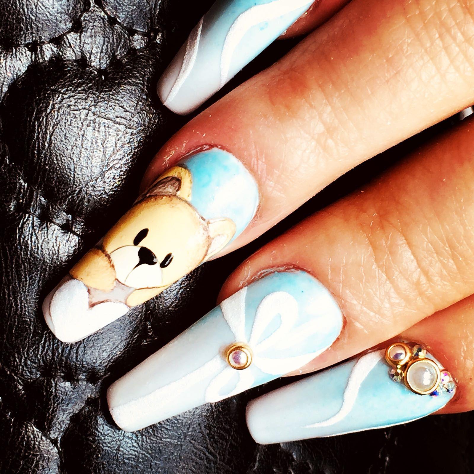 Diseños desenfadados para tus uñas en Barcelona