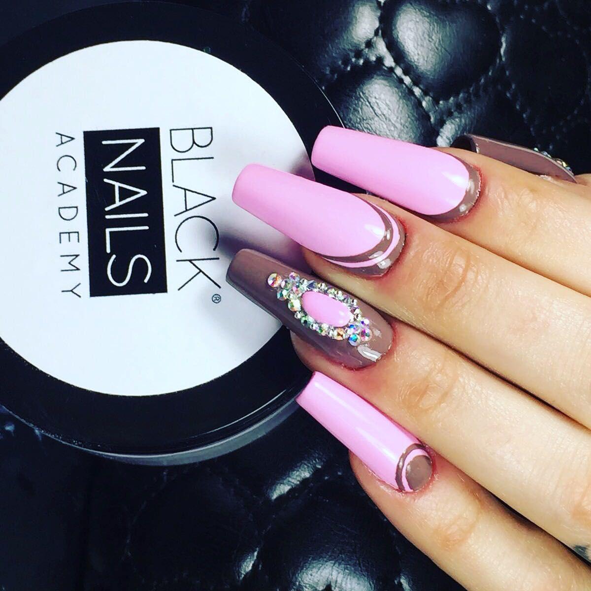 Manicura y uñas esculpidas: Nuestros tratamientos de Ame Nails