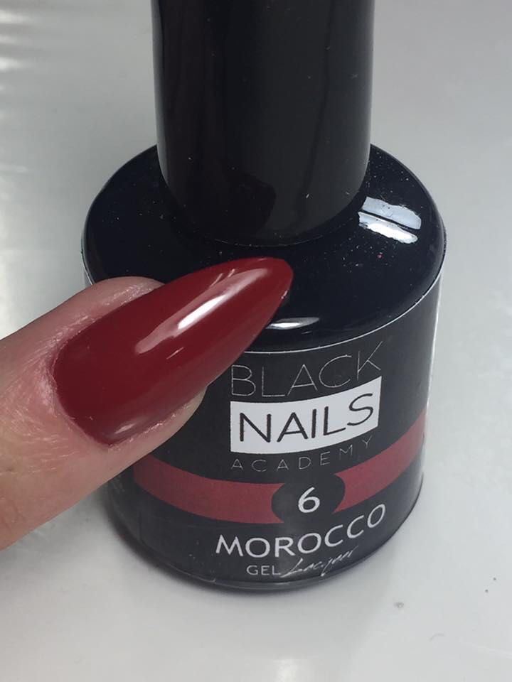 Productos de estética de calidad para tus uñas en Barcelona