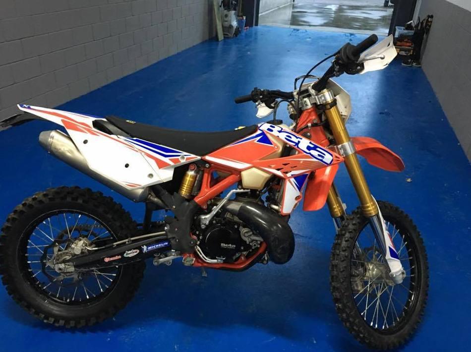 Taller especializado en motos de competición en Osona