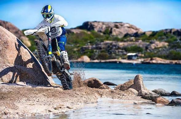 Motos de competición en Osona