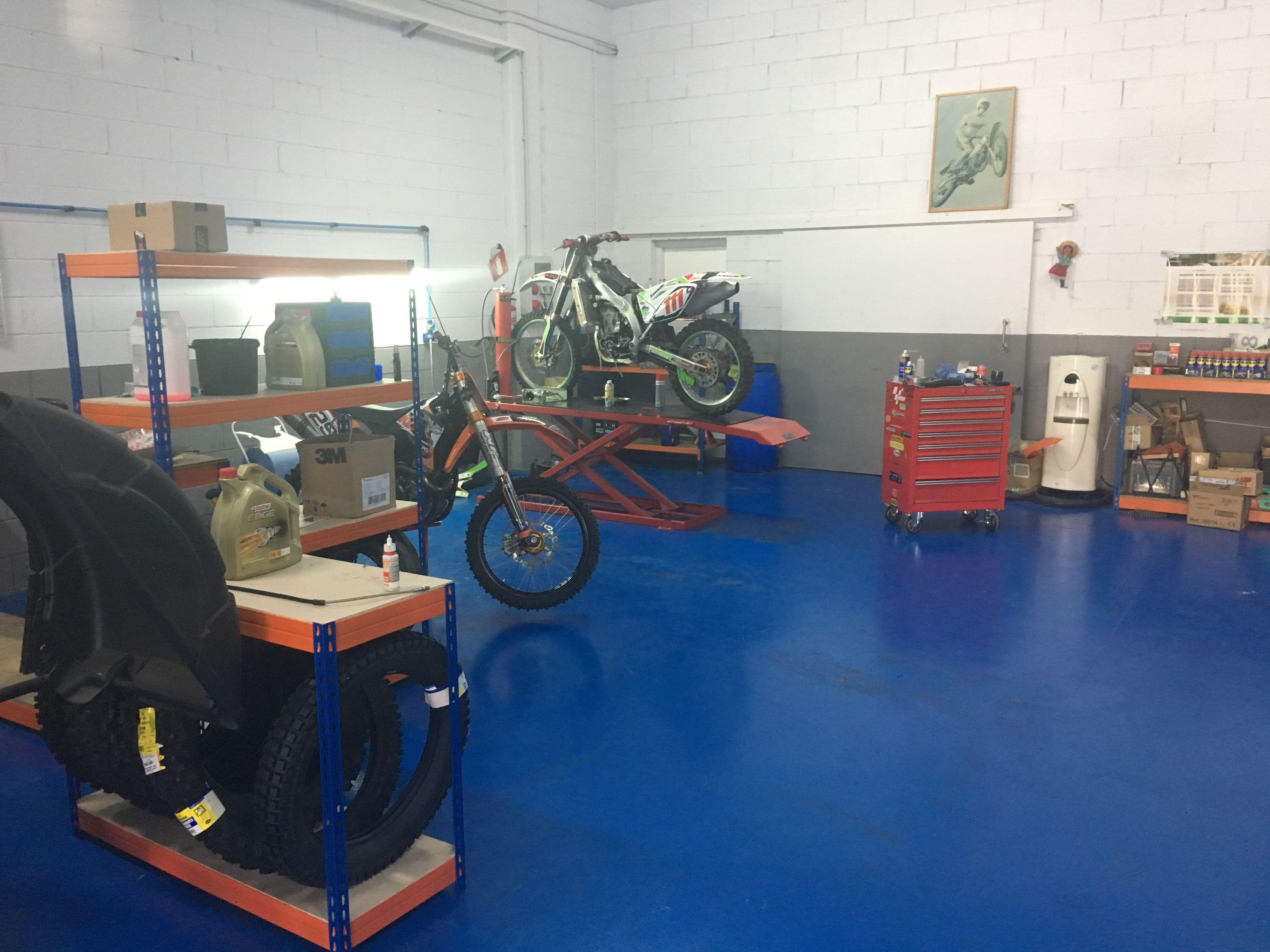 Taller de motos en Osona