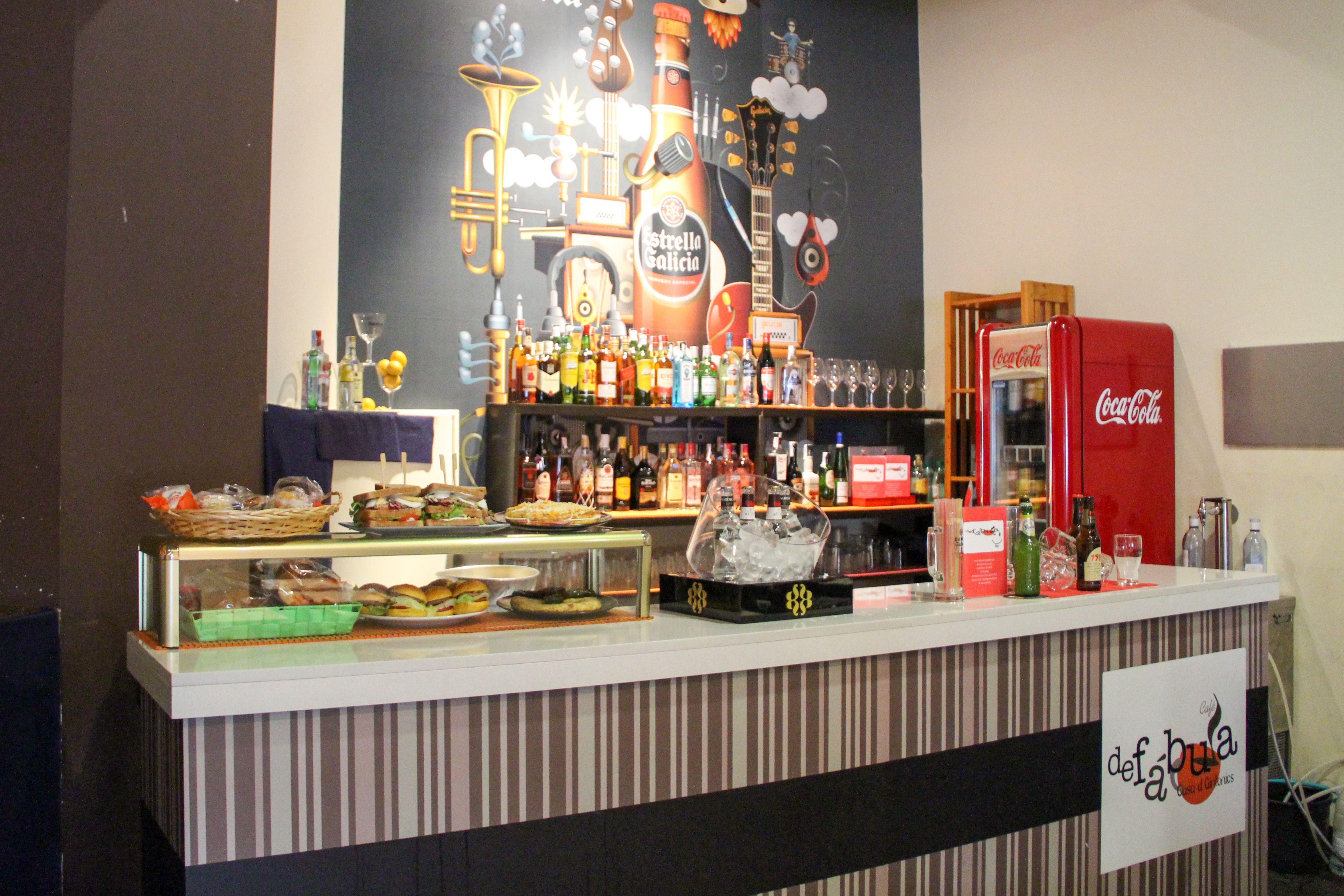 barra interior de tapas y bebidas