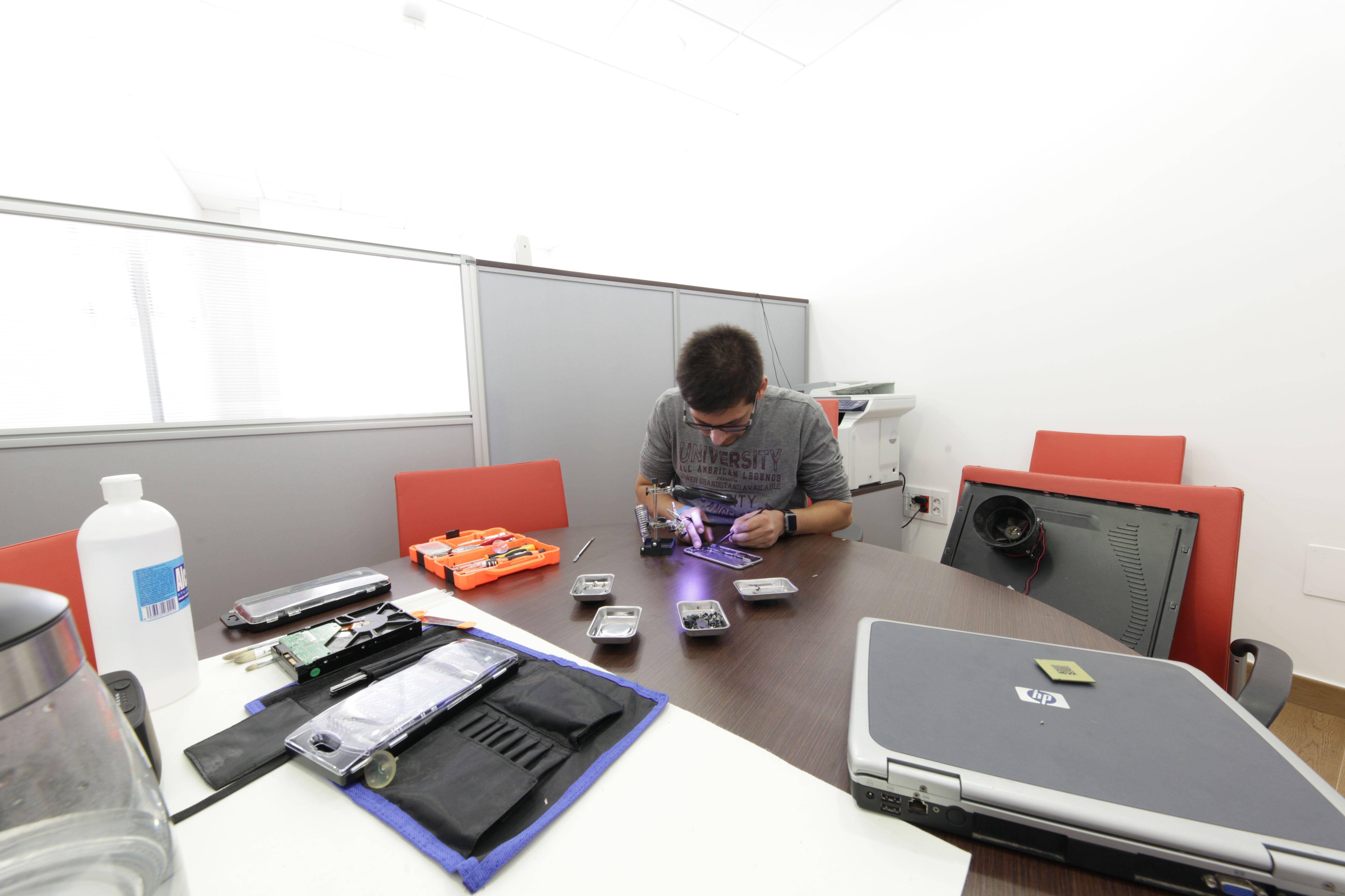 Contamos con un equipo de técnicos expertos en las averías informáticas