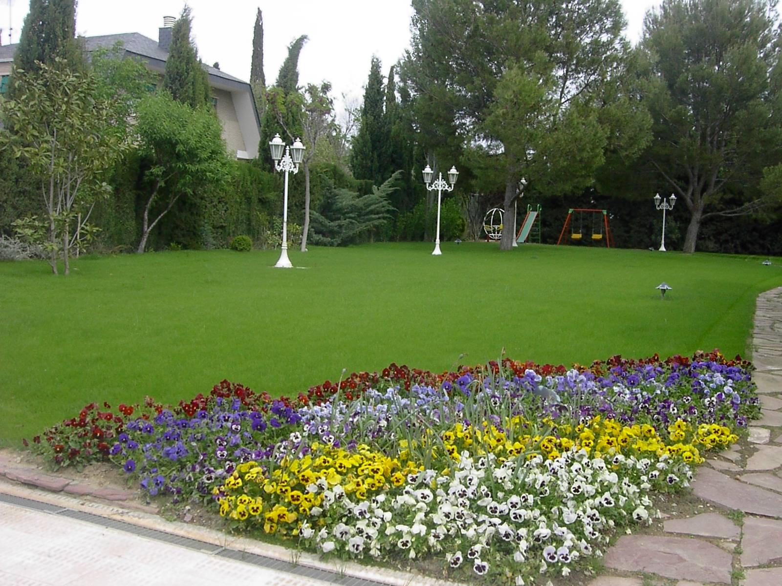 Foto 14 de Jardines (diseño y mantenimiento) en Huesca   Jardinería Belsué