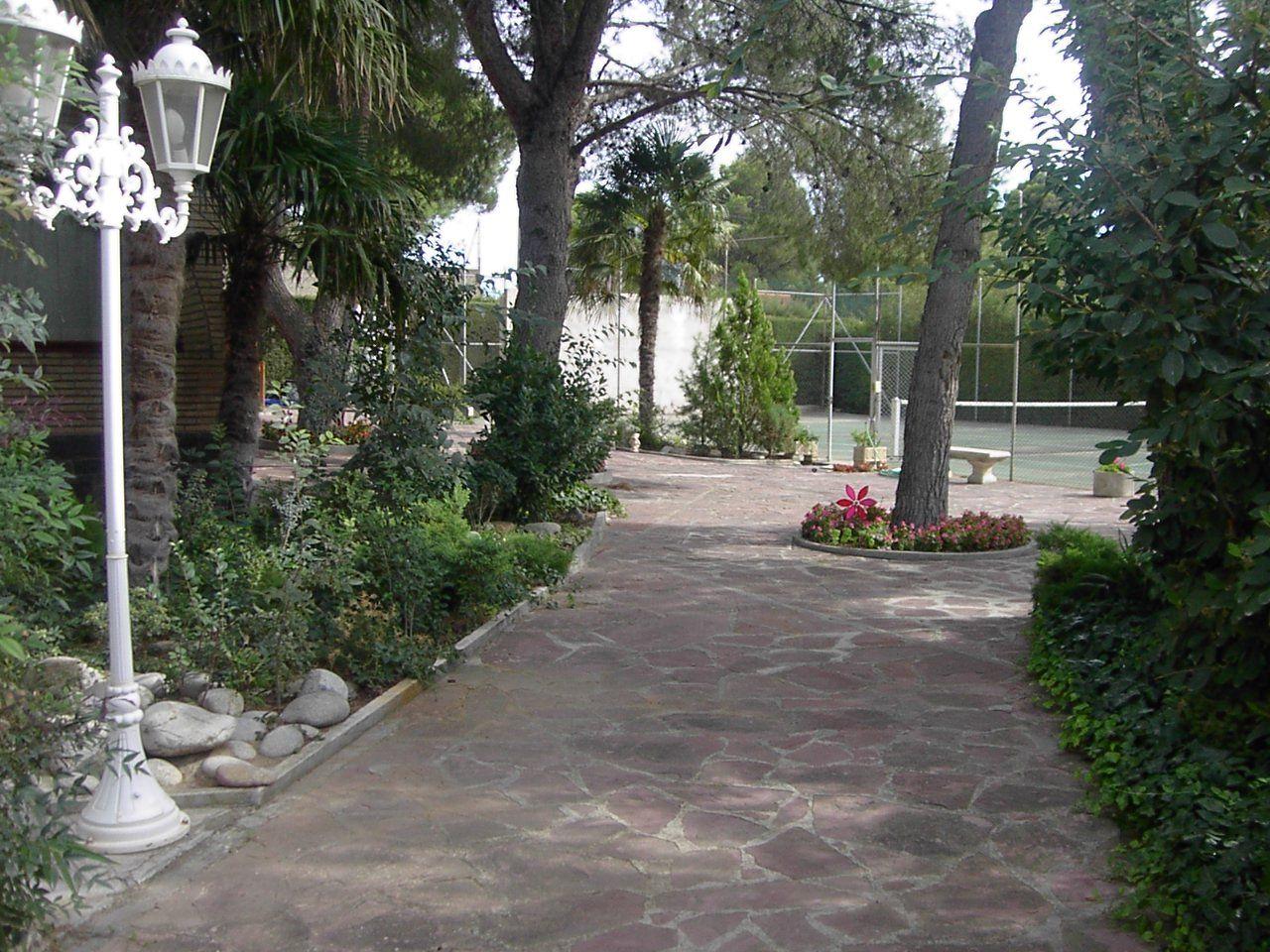 Foto 6 de Jardines (diseño y mantenimiento) en Huesca | Jardinería Belsué
