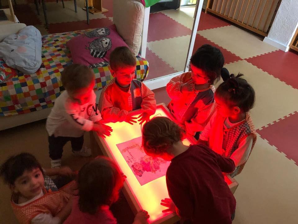 Dando luz a la yaya castañeda en Granollers
