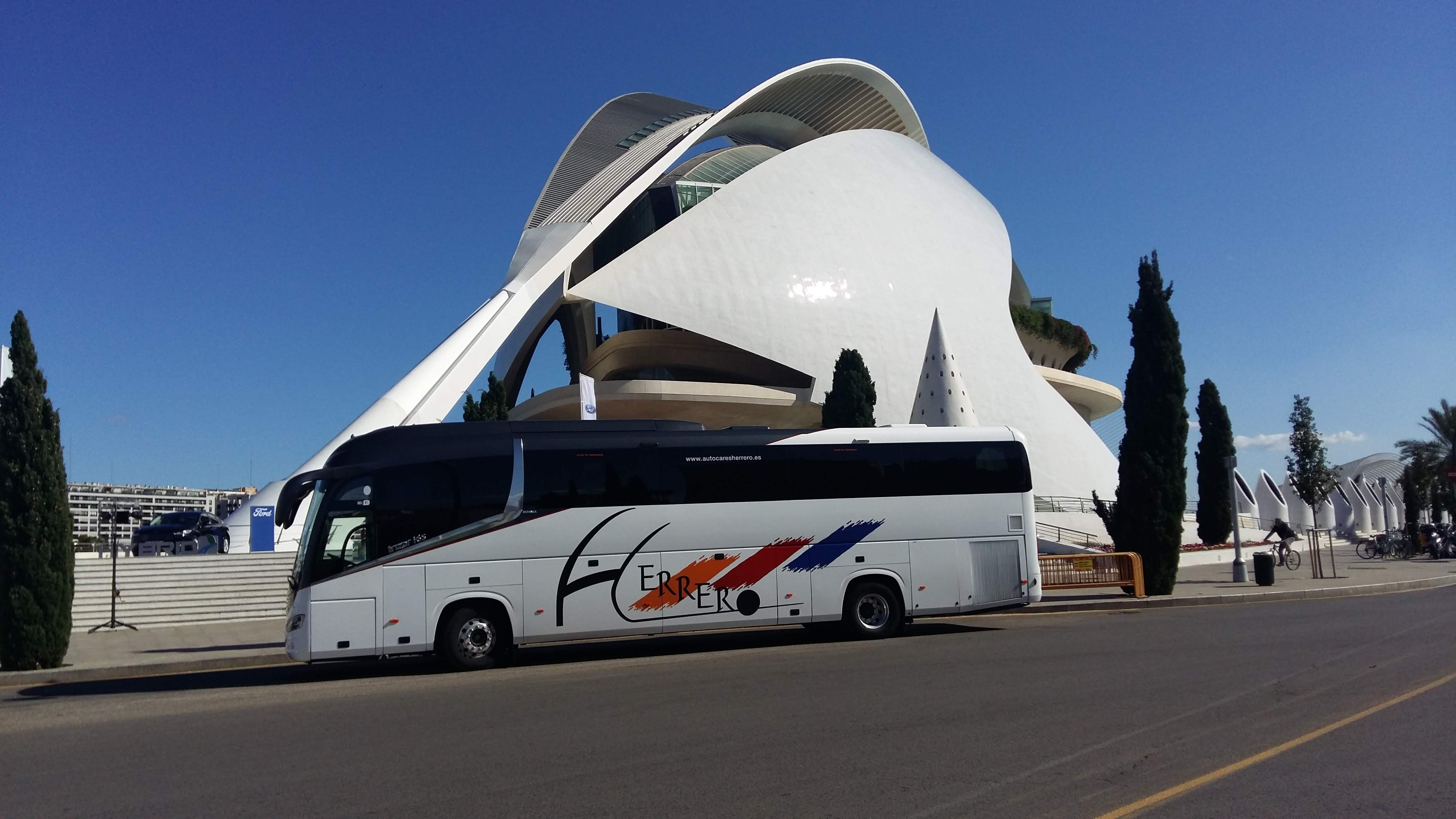 Viajes por toda España con nuestros autocares