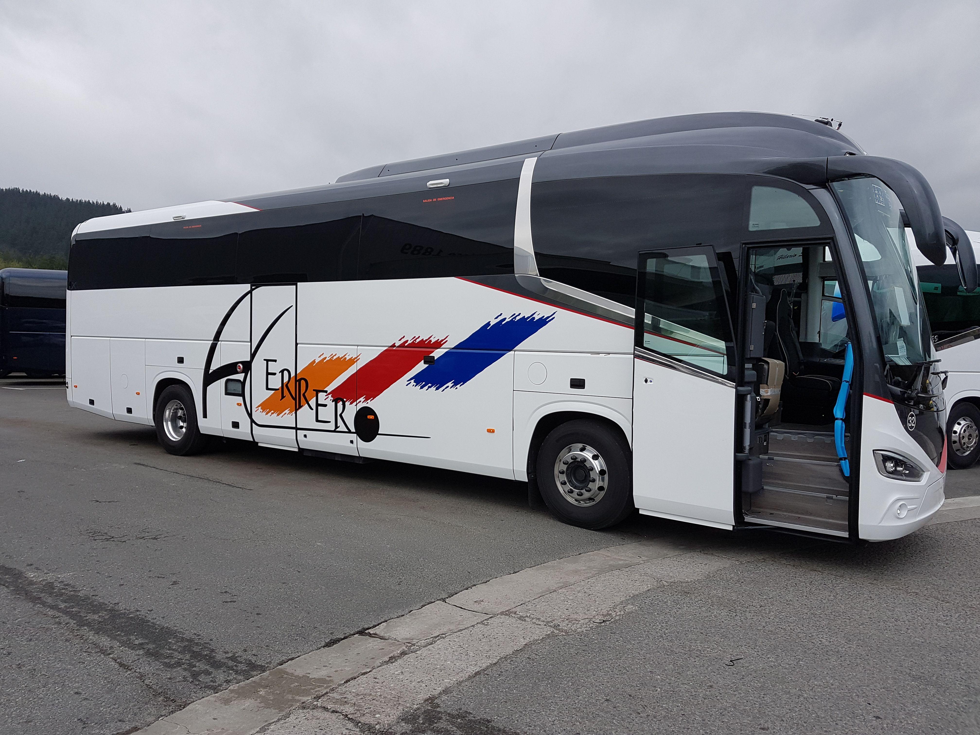 Autobuses escolares en Palencia para excursiones