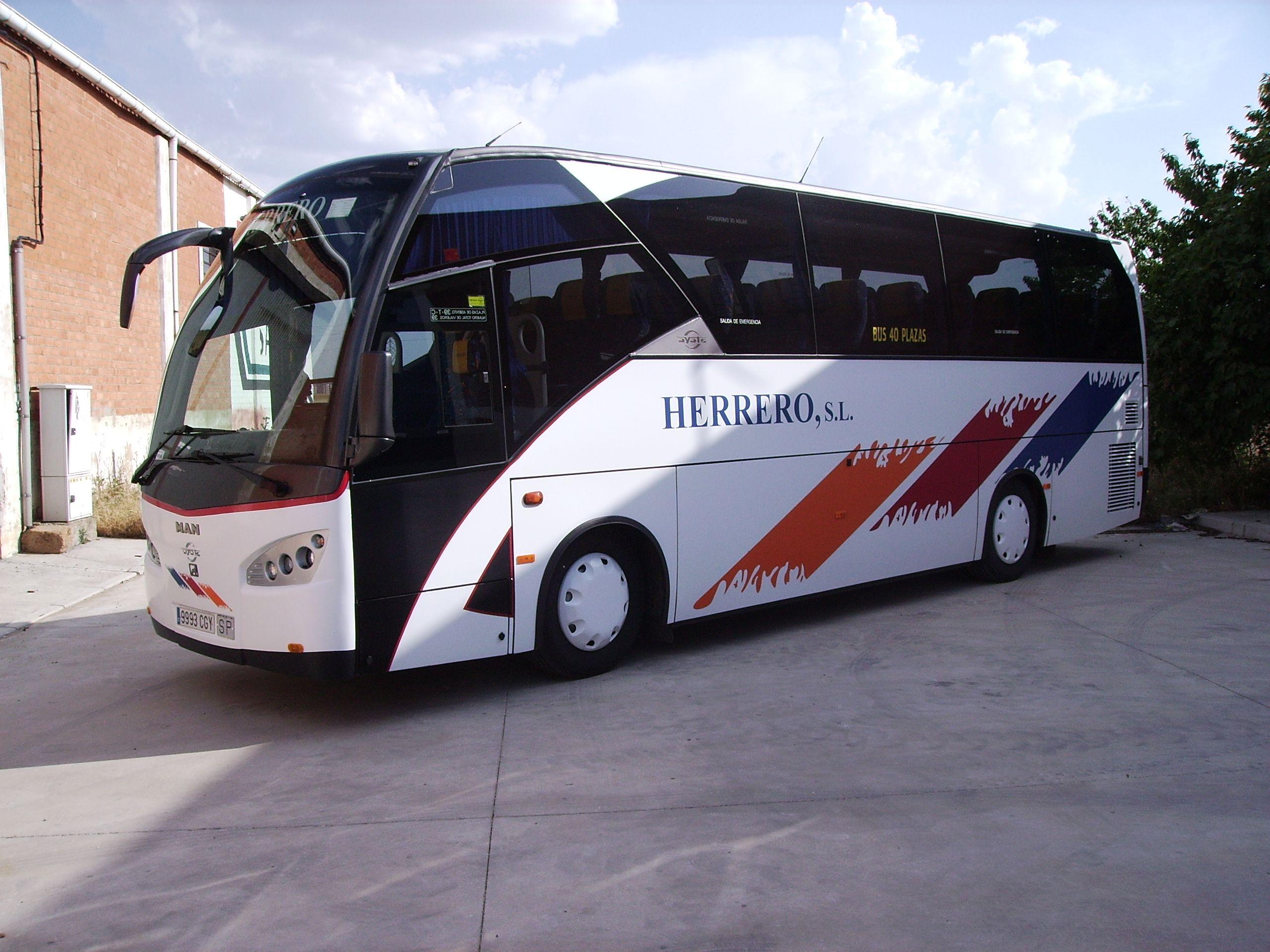 Autocares para bodas en Palencia