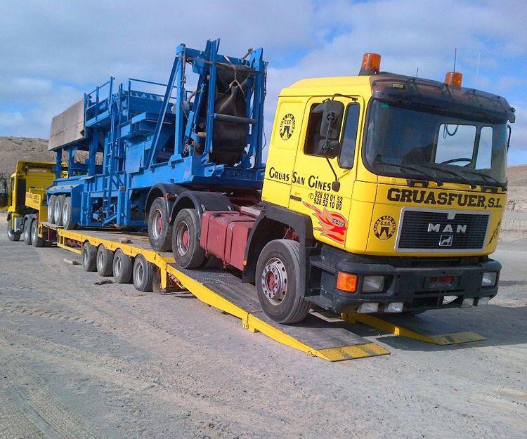 Transporte de maquinarias en Fuerteventura