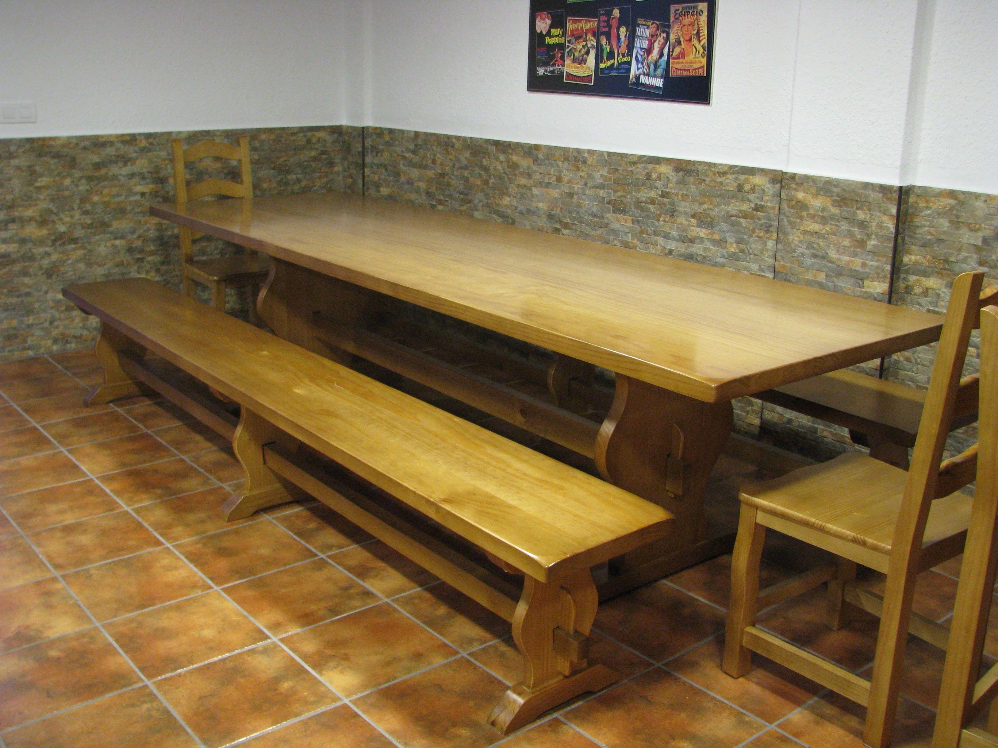 Conjunto mesa y banco