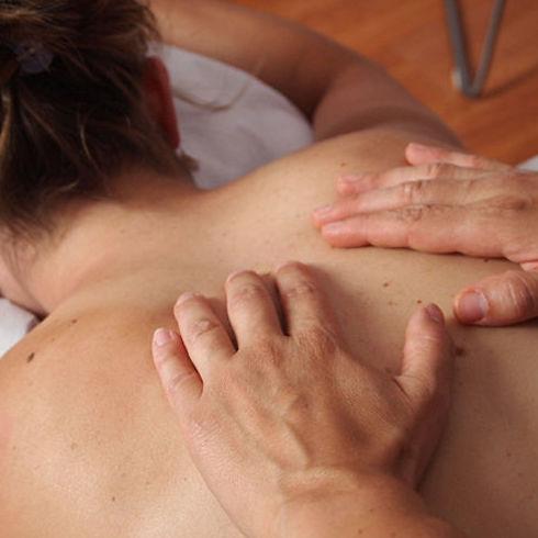 Masajes: Servicios de Estila