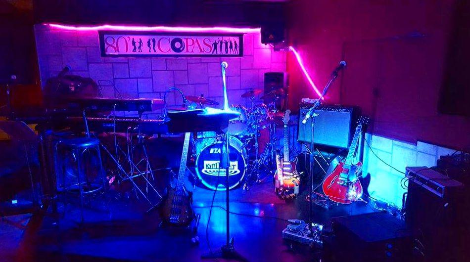 Todo preparado para una noche llena de música y diversión!!