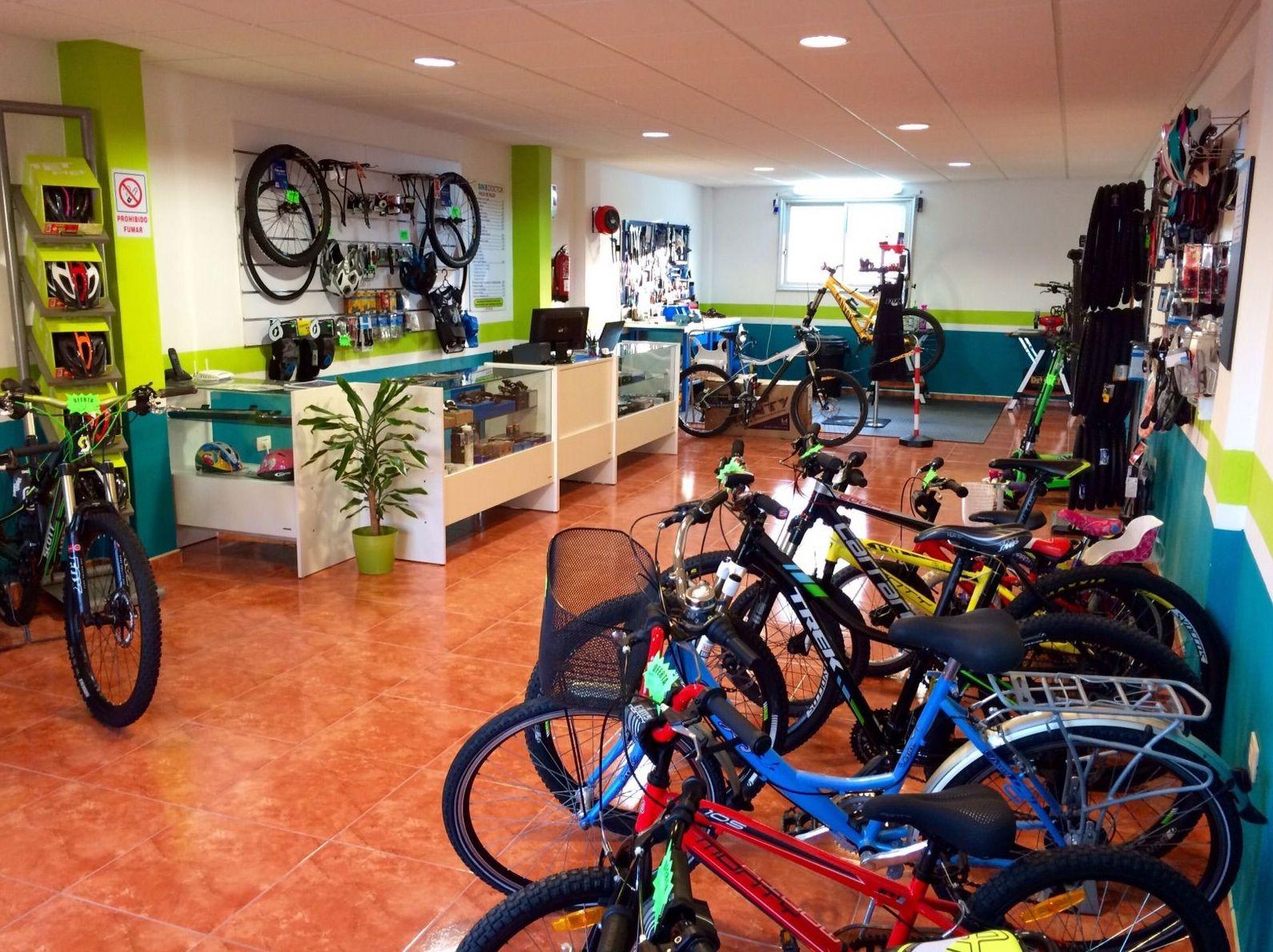 Venta de bicicletas de segunda mano en San Isidro (Tenerife sur)