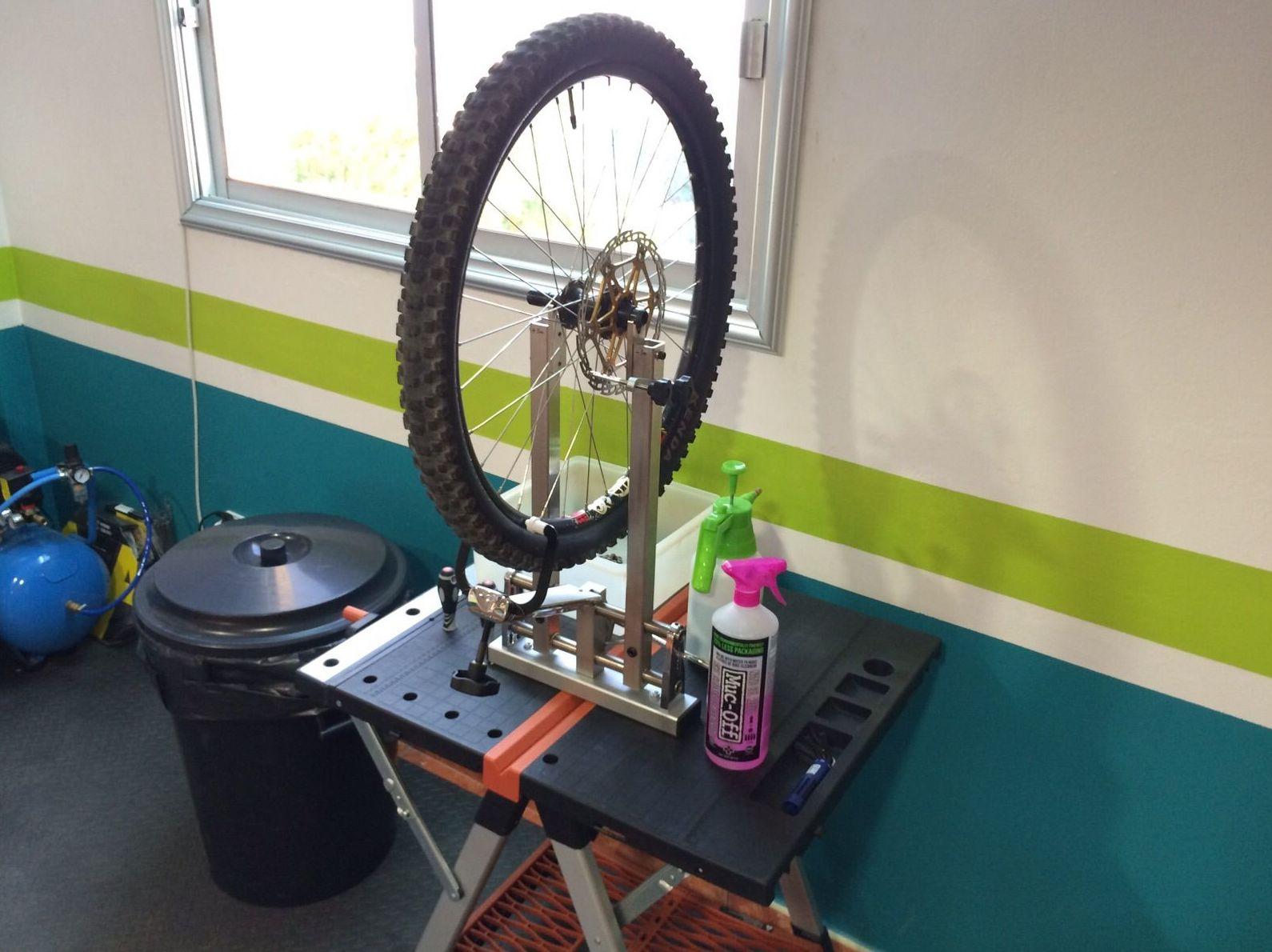 Cambio de ruedas y alineación de radios