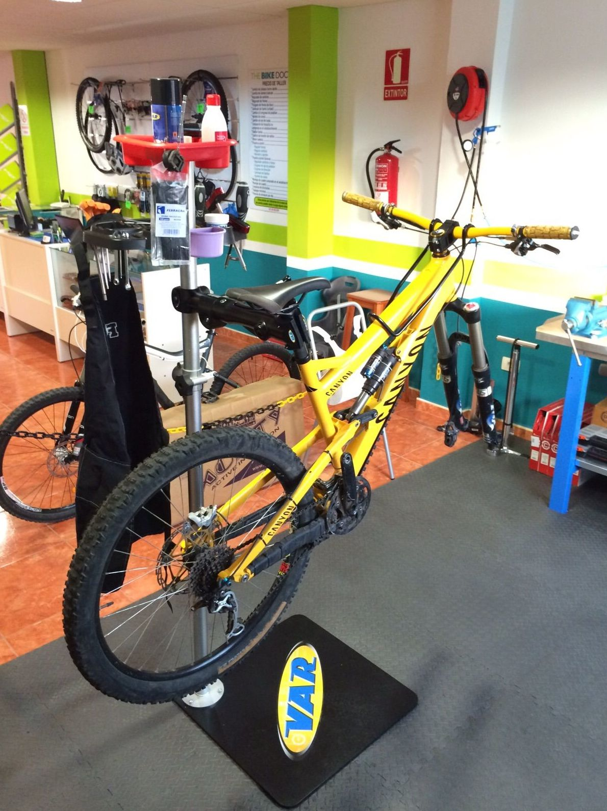 Montaje de componentes en bicicletas