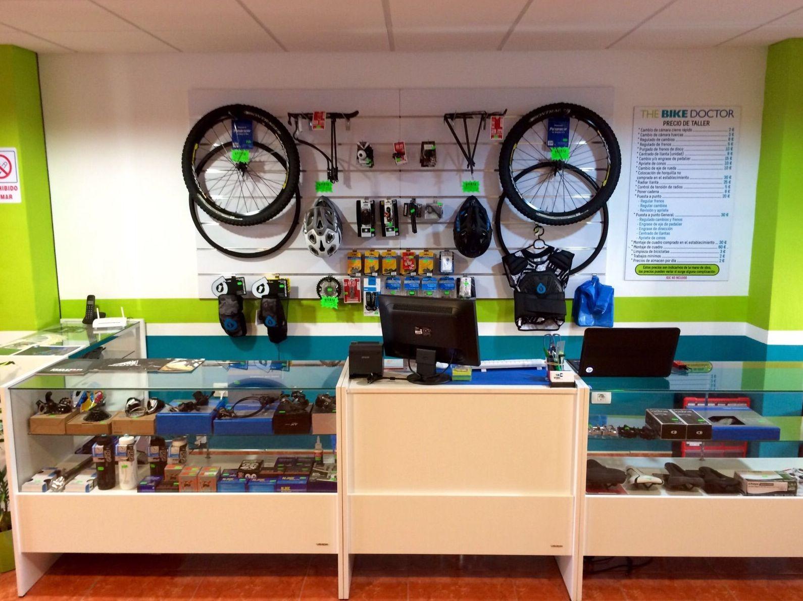 Venta de accesorios y repuestos de bici en San Isidro (Tenerife sur)